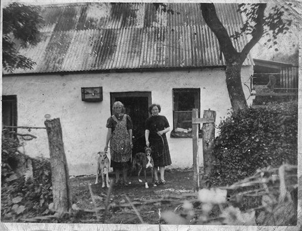 Mum & Granny OBrien in Ireland